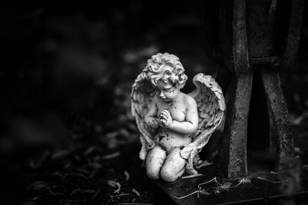 Neulich auf dem Friedhof