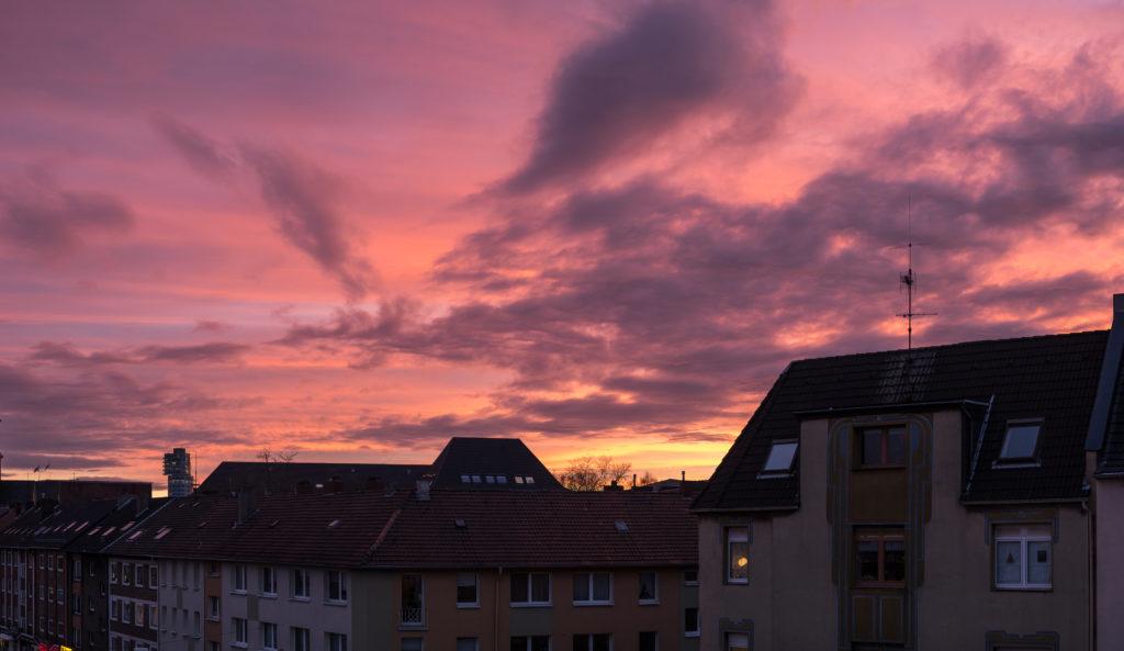 Der Morgendliche Blick aus dem Schlafzimmerfenster